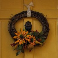 how to paint your front door, DIY wreath